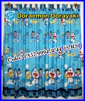 Toko aksesoris kamar serba doraemon sprei dan set gorden doraemon