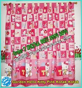 Motif Hello Kitty Ping Kotak -Kotak ini bisa di buatkan Sprei, Badcover, Home set dan Balmut. Order bisa melalui Via SMS/WA 0857 9994 3044
