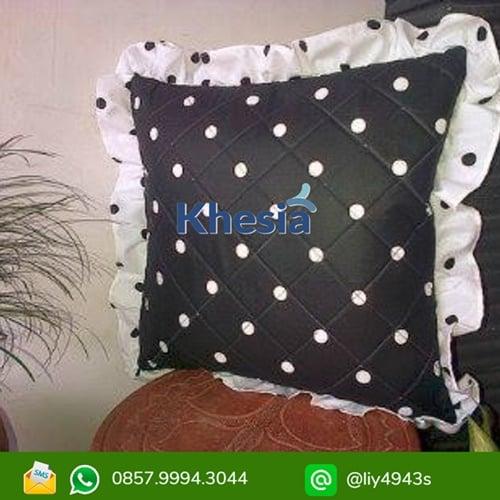 sarung bantal ruang tamu