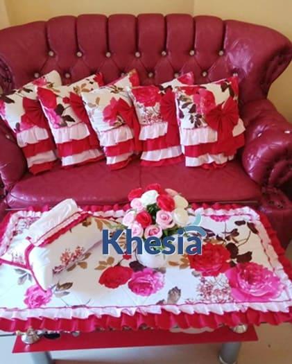 contoh taplak meja ruang tamu, sarung bantal kursi motif bunga